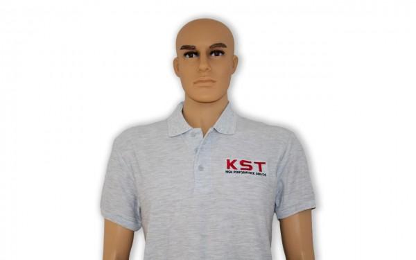 Modell_mit_Shirt_1.jpg